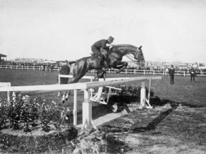 1911 Haaren met Honved